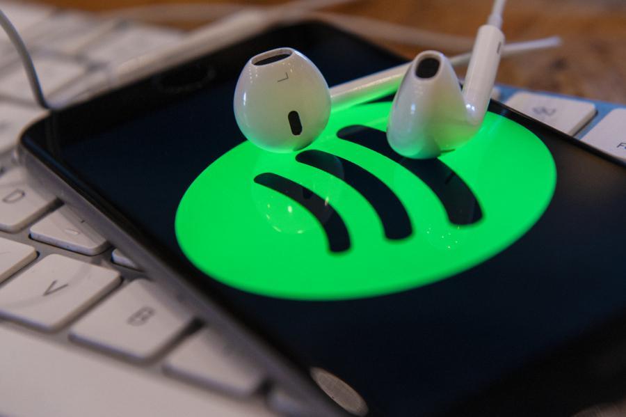 Aplicação Spotify assistente