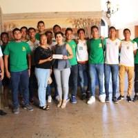 ¡Entregan apoyos a deportistas de Cabo San Lucas!