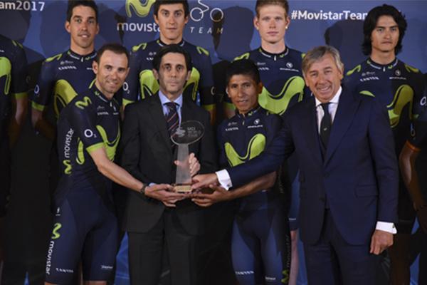 Telefónica-ha-presentado-la-plantilla-del-Movistar-Team