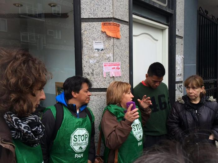La PAH logró el pasado jueves frenar el desahucio en Parla de una familia en la calle Río Duero