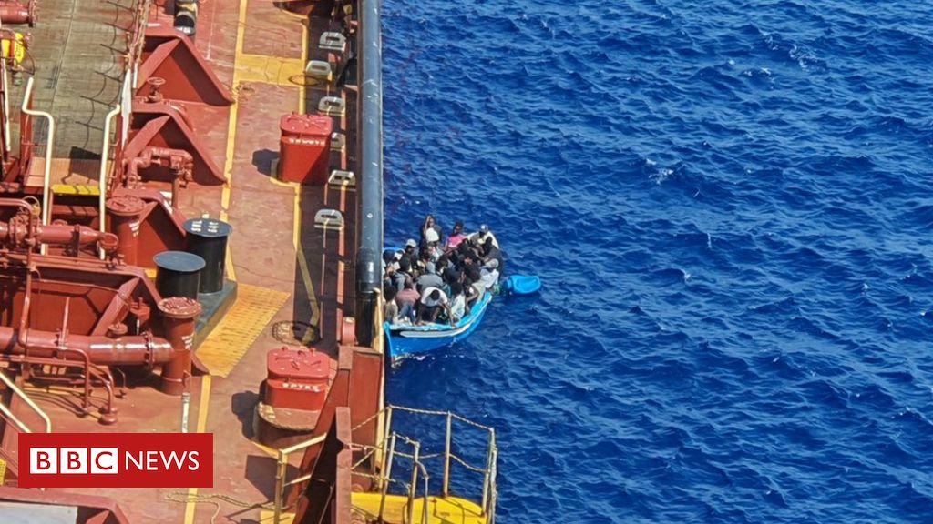 Los migrantes abandonaron el petrolero Maersk después de 40 días en el mar