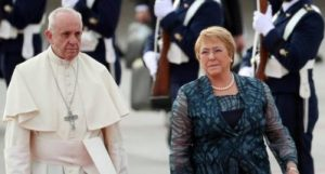 Papa Francisco a su llegada a chile