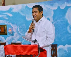 Alcalde Vegano Kelvin Cruz Inaugura Iglesia Nuestra Señora de Lourdes en la comunidad del Licey