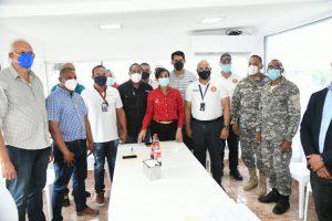 Gobernadora Nelsy Cruz viabiliza el protocolo de uso de Jet Ski en Montecristi
