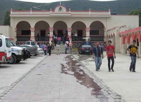 trataron de robar una yunta en Chapulco, la población se levantó en protesta