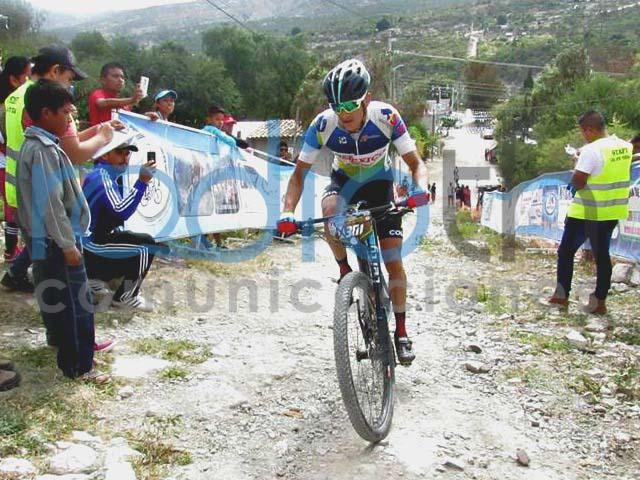 Ciclismo de montaña en la clásica Tehuacán - Santa Ana Teloxtoc