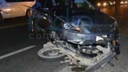 Grave motociclista que fue atropellado a la altura de Santiago Miahuatlán