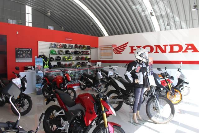 Área de Exhibición Honda Motogama