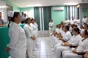 Llama Gobierno de México a personal médico a sumarse en la lucha contra el coronavirus