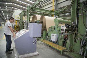 Industriales de EU urgen a AMLO a reabrir fábricas