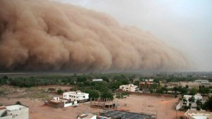 Si padeces enfermedades respiratorias, mucho cuidado con el polvo del Sahara