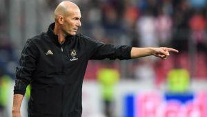 Llama Zidane a no confiarse al Real Madrid