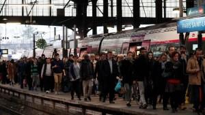 Fallan trenes en Francia y miles quedan varados