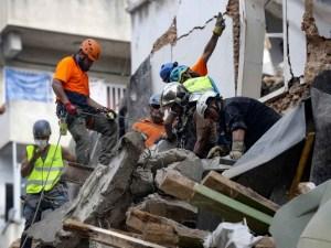 A un mes de la explosión, detectan señales de vida bajo escombros en Beirut
