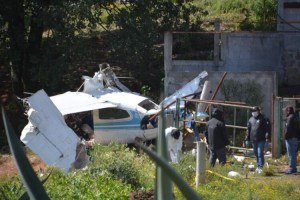 Cae avioneta con 400 kg de droga en Querétaro