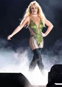Britney Spears quiere liberarse de su padre