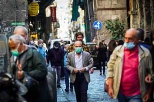 Europa sufre explosión de casos de coronavirus, afirma OMS