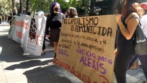 Se intensifica marcha feminista en la representación de Quintana Roo en CDMX