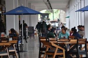 Logran reapertura restaurantes del Valle de México