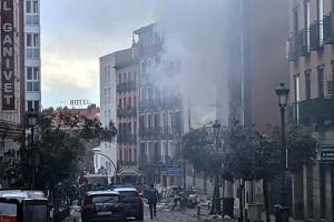 Explosión causa derrumbe de edificio en el centro de Madrid