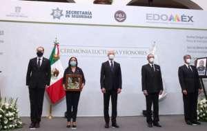 Encabeza Del Mazo homenaje a policías asesinados en Coatepec Harinas