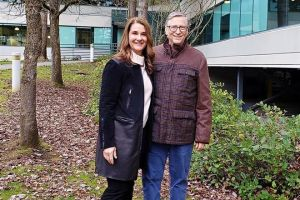 Sale a la luz amorío de Bill Gates con empleada