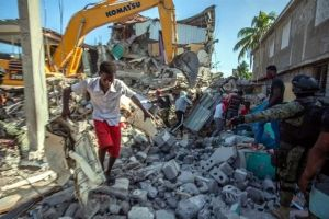 Acelera Haití tareas de rescate; se acerca ciclón