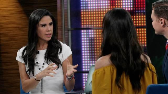 Paola Rojas titular del noticiario en vivo Al Aire con Paola