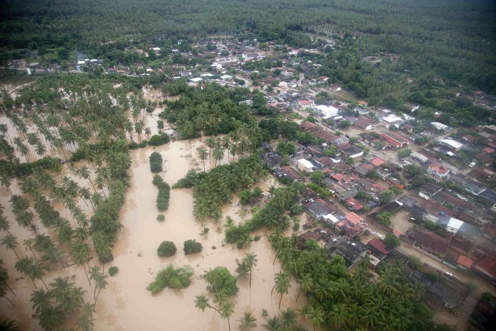 Vista aérea de la comunidad de San Jerónimo tras ser azotada por el huracán Manuel en el año 2013.