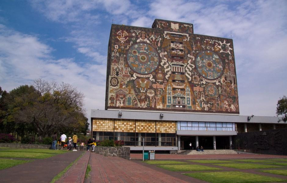 La UNAM busca proteger los derechos humanos y cívicos de los más de 35 millones de personas de origen mexicano que viven en Estados Unidos (coloboxp/Creative Commons)