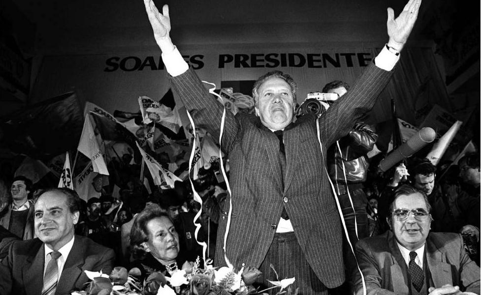 Muere ex presidente portugués Mario Soares a los 92 años