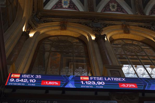 Bolsas europeas abren con leve alza