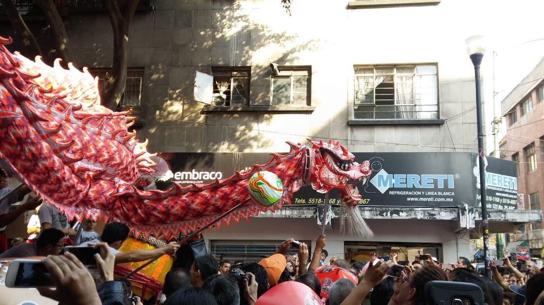 Celebran inicio del año del Gallo de Fuego en el Barrio Chino de la CDMX
