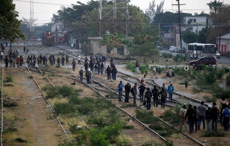 Flujo de migrantes centroamericanos por Oaxaca (AP, Archivo)