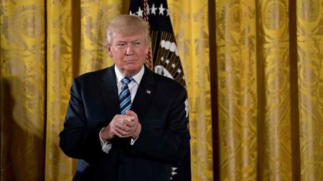 El presidente de los Estados Unidos, Donald Trump, durante la ceremonia de juramento de los altos funcionarios de la Casa Blanca (Getty Images)