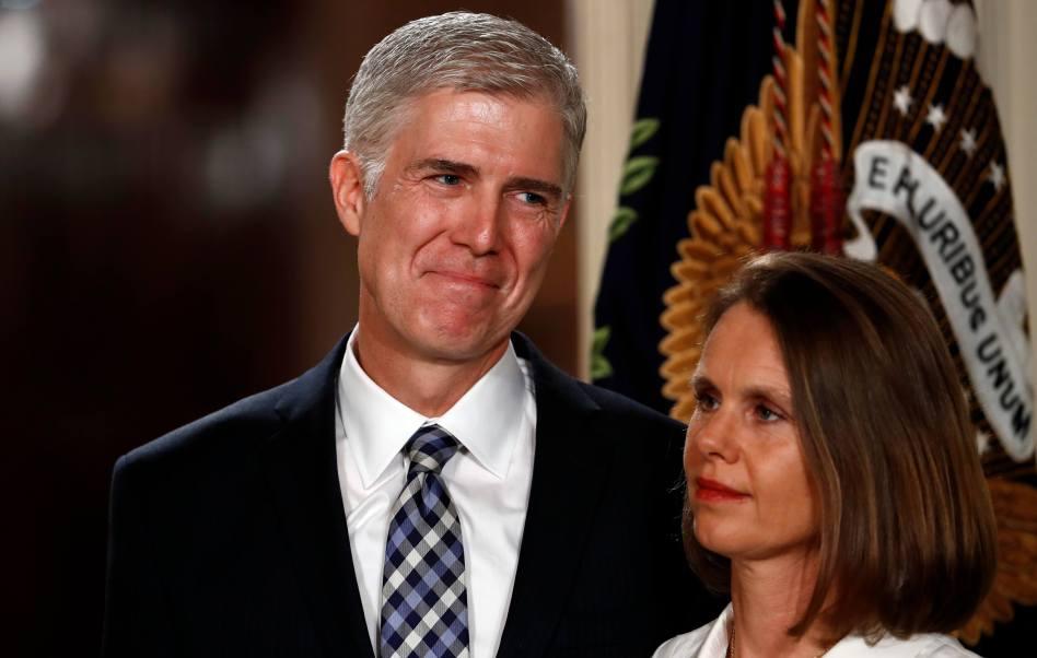 El juez Neil Gorsuch estuvo acompañado por la Casa Blanca. (AP)