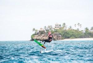 Así que, durante su mandato, Obama 'no pudo surfear ni disfrutar de otros deportes acuáticos ni hacer muchas de las cosas que le gustan', relata Branson en su blog