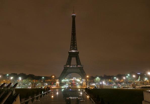 La torre Eiffel, en París, es visitada cada año por seis millones de turistas. (Getty Images, archivo