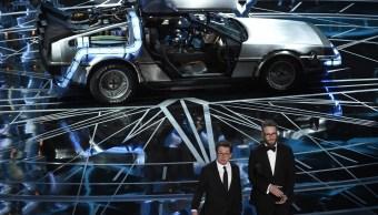 El actor Michael J. Fox durante su aparición en la 89 ceremonia de los premios Oscar (AP)