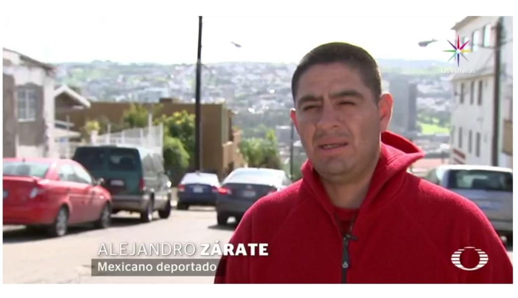 Alejandro trabajó en los campos, enmarcando cuadros, haciendo trabajos de albañilería, jardinería y poniendo alfombras. (Noticieros Televisa)