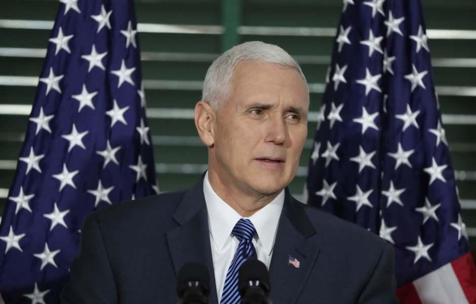 El vicepresidente Mike Pence habla en el Congreso de Filadelfia sobre la Constitución. (AP/Archivo)
