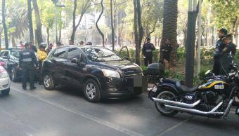 El percance ocurrió en la esquina de Avenida Reforma y Estocolmo, el conductor fue detenido unas calles más adelante (Twitter/@SSP_CDMX)