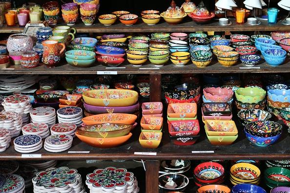 Desde el pasado 20 de enero, autoridades estadounidenses aumentaron los requisitos para importar artesanías (GettyImages/Archivo)