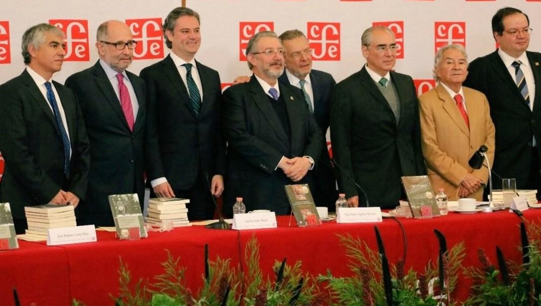 El titular de la SEP, Aurelio Nuño, participó en la presentación de la serie de libros '17 para el 17', con el que el Fondo de Cultura Económica celebra el Centenario de la Constitución.