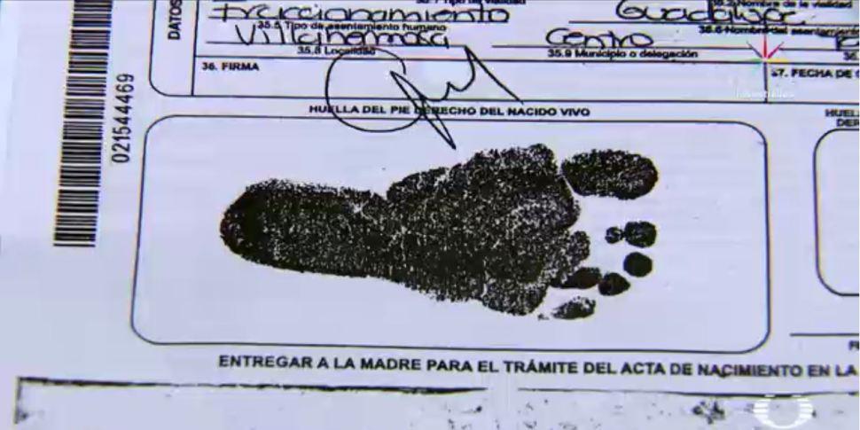 Bebés afectados por la reforma a la maternidad subrogada en Tabasco (Noticieros Televisa).JPG