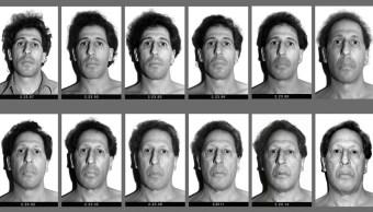 Karl Baden se ha tomado una simple foto en blanco y negro, repitiéndola día tras día durante 30 años. (AP)