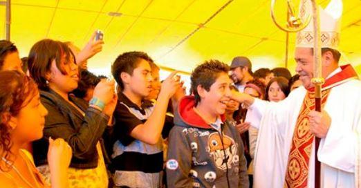 Cardenal Norberto Rivera llama a los jóvenes a ser ejemplo del buen porvenir
