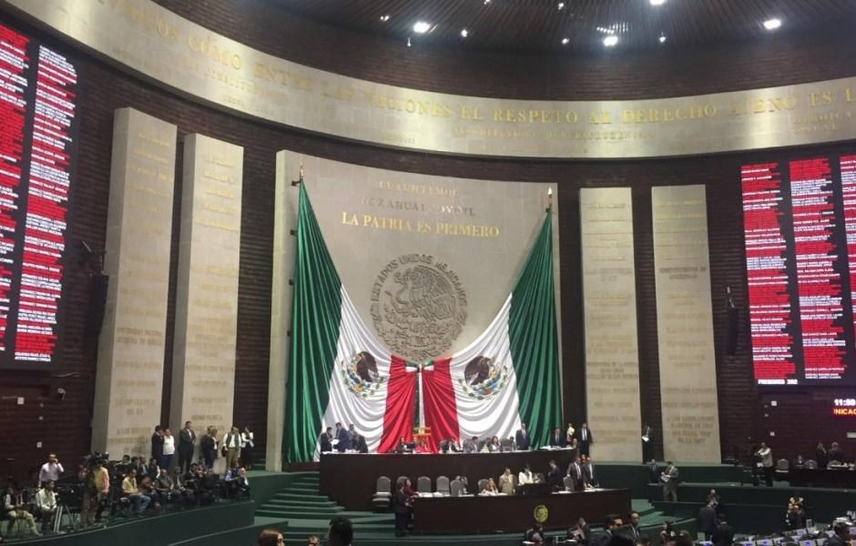 La Cámara de Diputados emitió la declaratoria de constitucionalidad a la reforma en materia de justicia laboral; plantea la sustitución de las juntas de conciliación y arbitraje por tribunales laborales pertenecientes al Poder Judicial de la Federación.