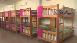 Dormitorio de niñas en la Casa del Niño Indígena en Hidalgo (Twitter CDI_mx)
