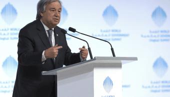 El Secretario General de las Naciones Unidas, Antonio Guterres, habla durante el segundo día de la Cumbre Mundial del Gobierno en Dubai, Emiratos Árabes Unidos. (AP)